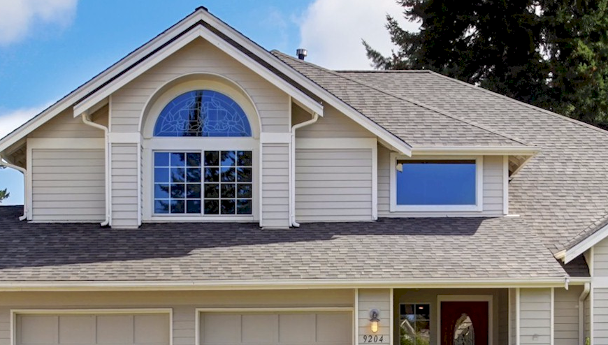 Home Roof is Falling Apart? Call Revamp LLC Expert Help for Roof Replacement in Atlanta!